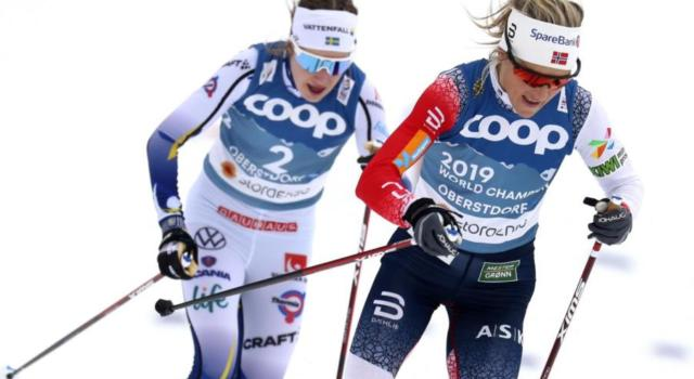 LIVE Sci di fondo, Staffetta donne Mondiali in DIRETTA: Norvegia oro senza storia, Russia seconda. Bronzo alla Finlandia, crollo Svezia