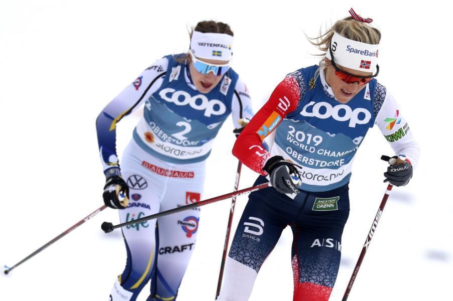 LIVE Sci di fondo, Staffetta donne Mondiali in DIRETTA: Norvegia in volo verso l'oro, Russia seconda. USA Finlandia Germania per il bronzo