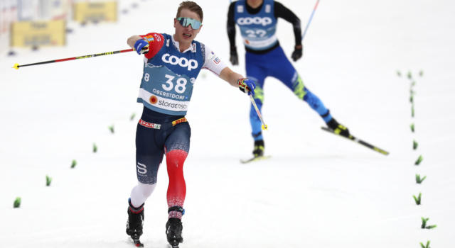 Sci di fondo: Krueger batte Holund e Burman nella 50 km in Engadina. Giù dal podio Klaebo e Bolshunov, 28° Salvadori