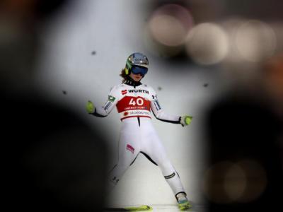 Salto con gli sci femminile: Nika Kriznar vince la Coppa del Mondo 2020-2021, seconda serie cancellata a Chaikovsky e gara a Kramer