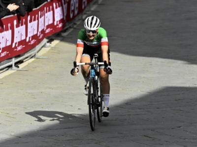 Liegi-Bastogne-Liegi femminile 2021: van der Breggen trascina Demi Vollering alla vittoria, ottima terza Elisa Longo Borghini