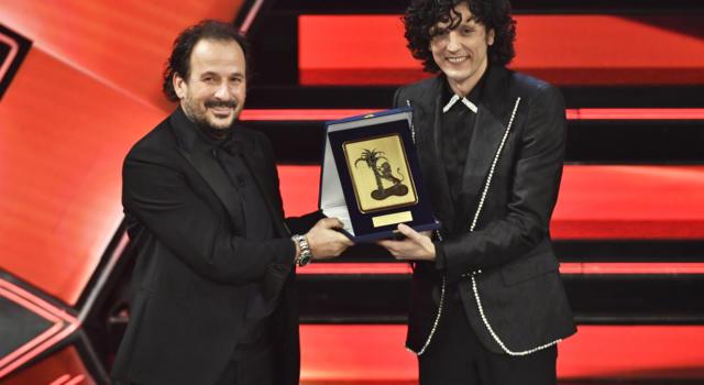 """VIDEO Ermal Meta terzo classificato a Sanremo 2021: la canzone """"Un milione di cose da dirti"""""""