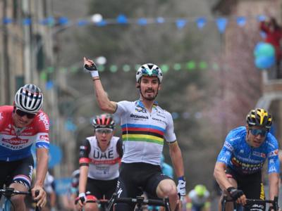 Freccia Vallone 2021: ordine d'arrivo e classifica. Alaphilippe rimonta Roglic, terzo l'eterno Valverde