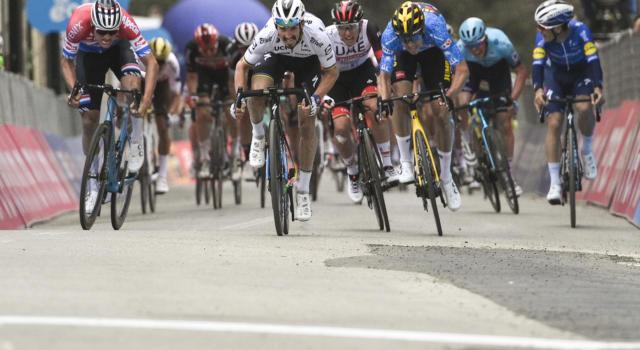 Giro delle Fiandre oggi: orario, tv, programma, percorso, streaming, favoriti, startlist