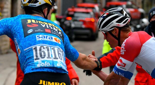 """Giro delle Fiandre 2021: la tattica degli """"altri"""". Come evitare il duopolio di Van Aert e Van der Poel"""