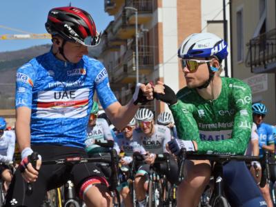 """Giro dei Paesi Baschi 2021, Tadej Pogacar: """"Un corridore della Ineos ci ha fatto il buco in discesa"""""""