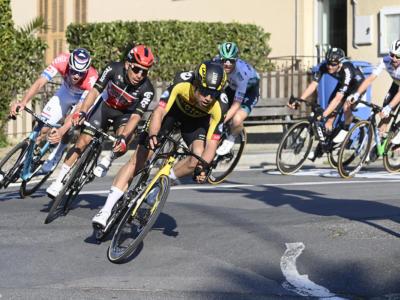 Giro delle Fiandre 2021, il borsino dei favoriti e le stellette. Wout van Aert il più atteso, van der Poel e Alaphilippe all'attacco