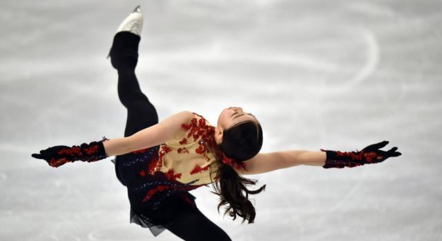 LIVE Pattinaggio artistico, Mondiali 2021 in DIRETTA: Shcherbakova trionfa! E' tripletta russa!