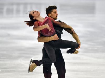 LIVE Pattinaggio artistico, Mondiali in DIRETTA: Mishina/Galliamov campioni all'esordio! Della Monica-Guarise risalgono all'ottavo posto