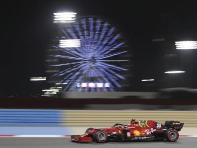 F1, GP Bahrain: classifica combinata FP1-FP2. Tutti i tempi, bene Sainz con la Ferrari