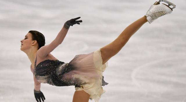 Pattinaggio artistico: Anna Shcherbakova trionfa ai Mondiali 2021, è tripletta russa