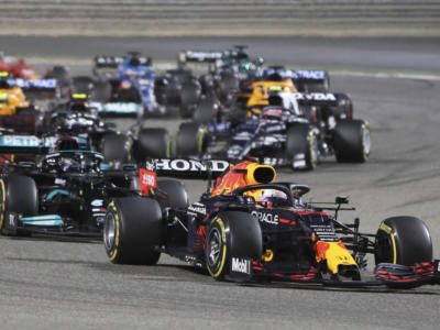 F1, Pagelle GP Bahrain 2021: i voti. Hamilton titanico, Verstappen coraggioso, Ferrari solida