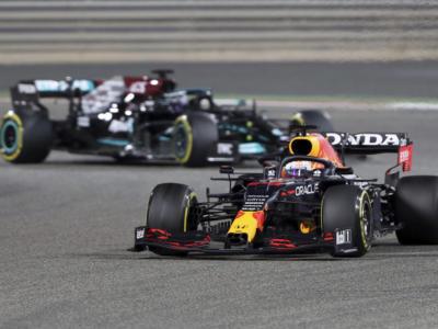 Classifica Mondiale piloti F1 2021: Hamilton in testa, +7 su Verstappen. Leclerc 6°