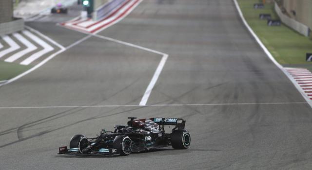 VIDEO F1: Bahrain, gli ultimi infuocati giri del GP