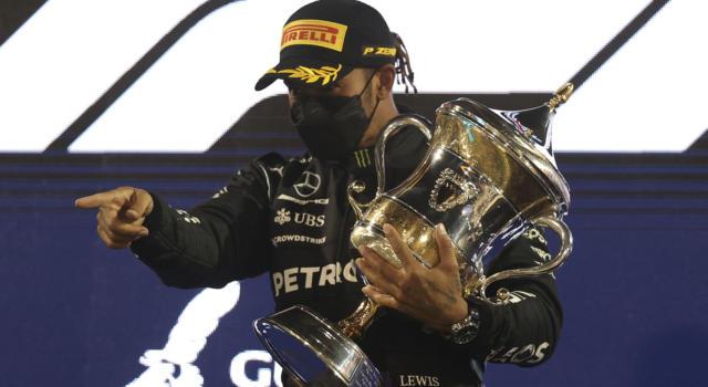 """F1, Lewis Hamilton rinnova con Mercedes? Iniziano le trattative, Wolff: """"Imparata la lezione del 2020"""""""