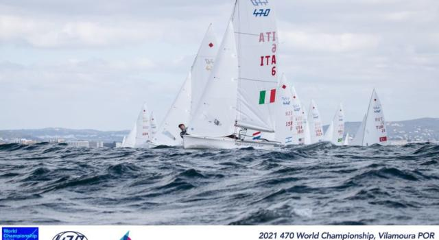 Vela, Berta-Caruso restano in lotta per le medaglie agli Europei 470. Sprofondano in classifica tra gli uomini Ferrari-Calabrò
