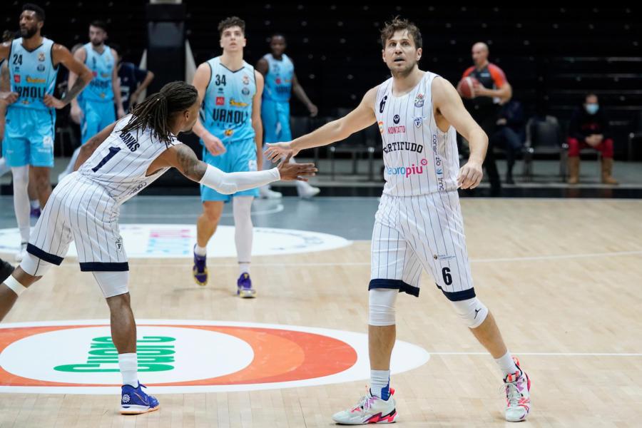 Basket Stefano