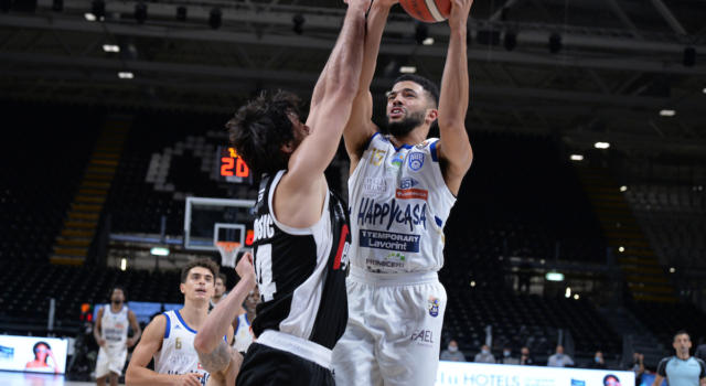 LIVE Brindisi-Virtus Bologna 91-85, Serie A basket in DIRETTA: l'Happy Casa pone fine alla striscia di 24 vittorie consecutive delle V Nere in trasferta