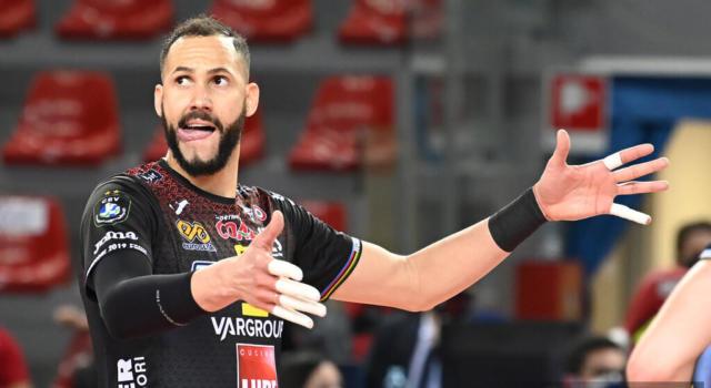 Volley, Playoff SuperLega: Civitanova vola in semifinale. Juantorena e compagni stendono Modena