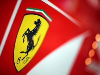 LIVE F1, presentazione Ferrari in DIRETTA: ecco la SF21! Colore amaranto, nuovo retrotreno, muso e fianchi più stretti!