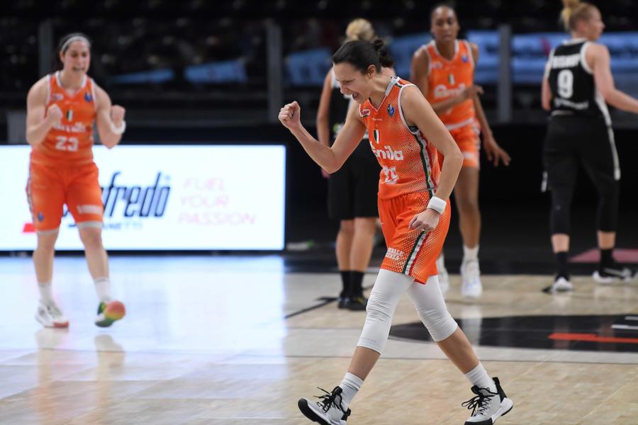 LIVE Venezia Schio, Finale Coppa Italia basket donne in DIRETTA: Reyer e Famila, continua il duello infinito