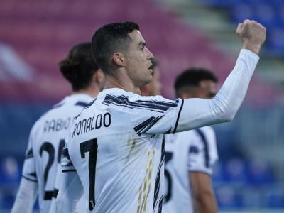 VIDEO Cagliari-Juventus 1-3: highlights e sintesi. Una tripletta di Cristiano Ronaldo stende i sardi