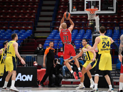 Basket, l'Olimpia Milano perde lo scontro diretto contro il Fenerbahce nel 27° round di Eurolega