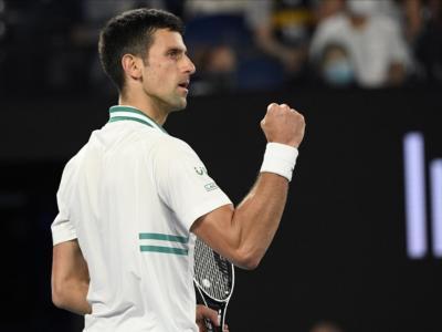 Tennis, Novak Djokovic eguaglia il primato di Roger Federer: il serbo già certo di un nuovo record di longevità