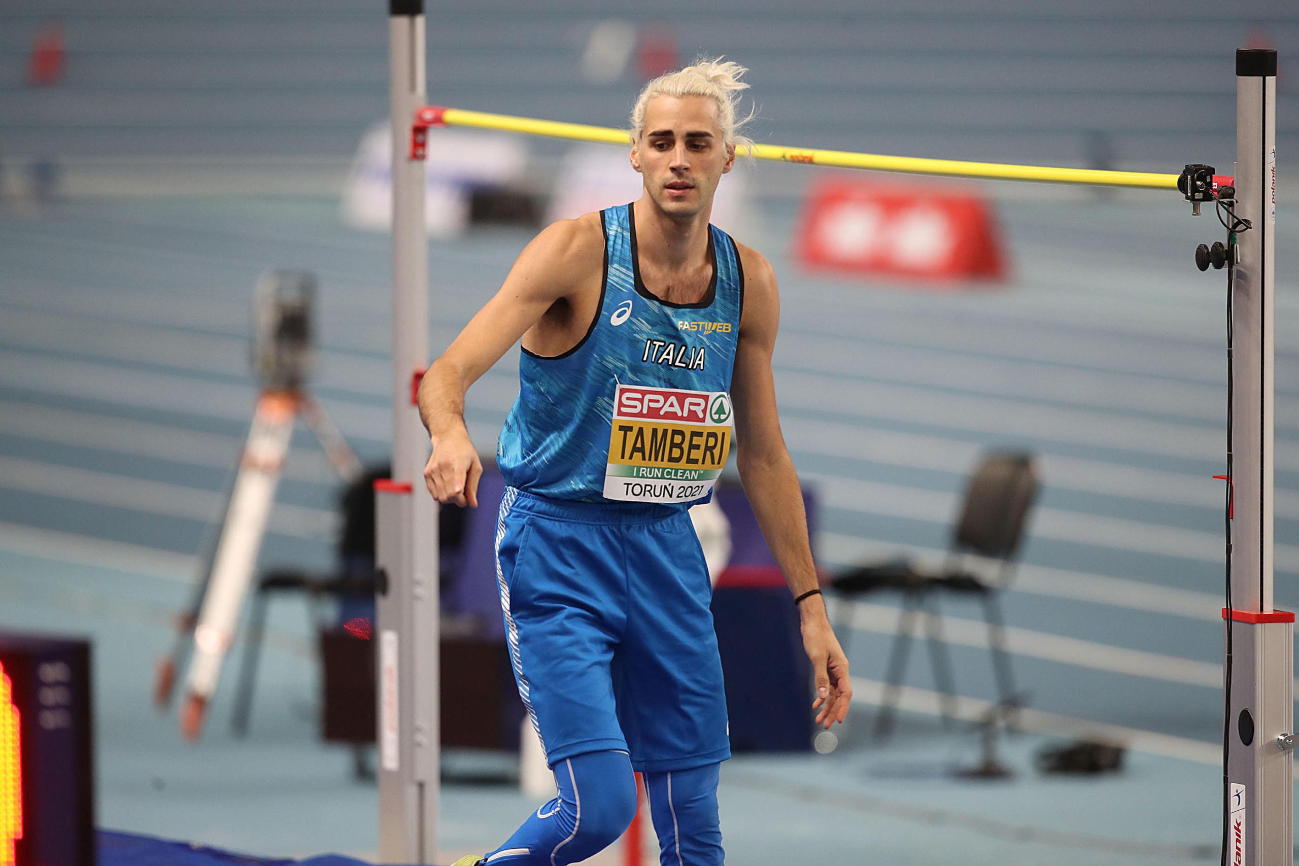 Atletica, Gianmarco Tamberi vola a 2.35 ma non basta per la vittoria. Argento agli Europei Indoor, vince Nedasekau