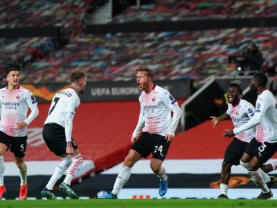 Calcio, Kjaer regala il pari al Milan contro il Manchester United: risultato fondamentale negli ottavi di Europa League 2021