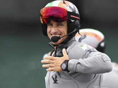 Tom Slingsby vince i Mondiali Moth sul Lago di Garda. Checco Bruni 5°, Ruggero Tita 7°