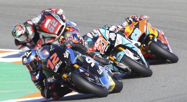 LIVE Moto2, Prove libere GP Qatar in DIRETTA: Sam Lowes impressiona a Losail, ma Bezzecchi è vicino! Bulega 7°