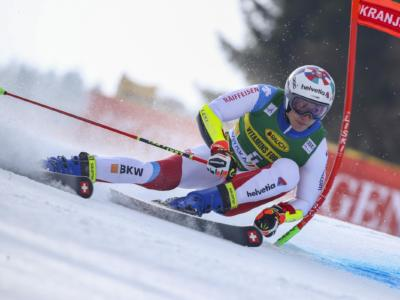 LIVE Sci alpino, Discesa Lenzerheide in DIRETTA: brutto colpo per Odermatt, gara cancellata
