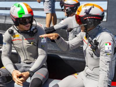 SailGP, incidente alle Bermuda! Francesco Bruni si scontra con James Spithill! Il video della collisione