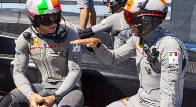 SailGP, incidente alle Bermuda! Francesco Bruni si scontra con James Spithill! Il video della collisione