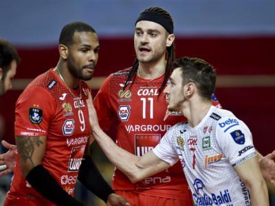 Volley, Champions League 2021: Civitanova gelata al golden-set, sfuma la rimonta. Lube eliminata dallo Zaksa ai quarti