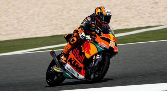 Moto3, GP Qatar 2021: Toba primeggia nella FP2, sei piloti in un decimo! Antonelli 6°, Migno 9°