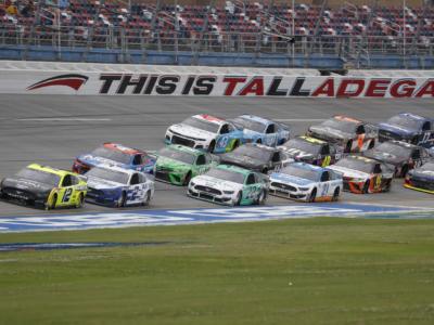 NASCAR, chi trionferà nell'imprevedibile Talladega?