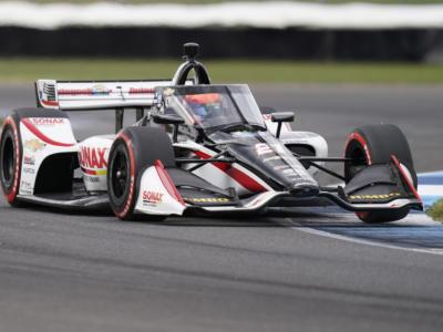 IndyCar, Rinus VeeKay rompe un dito nei test di Indianapolis