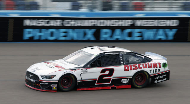 NASCAR, Brad Keselowski conquista Talladega