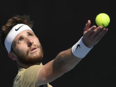 ATP Estoril 2021, Corentin Moutet sorprende Denis Shapovalov, Garin avanza senza giocare