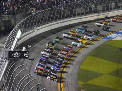 NASCAR Cup Series, equilibrio totale tra i top team. Delusione per Haas e Ganassi dopo le prime 10 gare