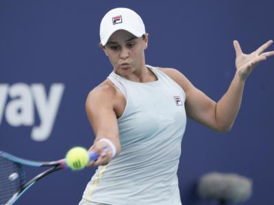 WTA Miami 2021, i risultati del 1° aprile. Ashleigh Barty eBianca Andreescu si sfideranno per la gloria. Eliminate Sakkari e Svitolina