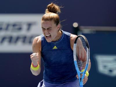 WTA Ostrava 2021, risultati 23 settembre: Rybakina, Sakkari e Bencic approdano ai quarti