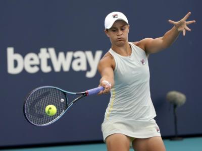 WTA Stoccarda 2021: Ashleigh Barty guida il tabellone del 500 sulla terra indoor tedesca