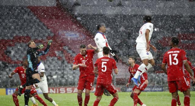 Champions League calcio, il PSG batte il Bayern Monaco nell'andata dei quarti. Il Chelsea espugna Porto