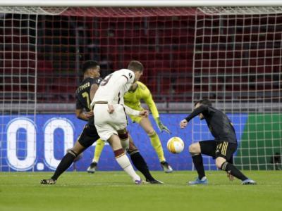 Calcio, la Roma vince per 1-2 in casa dell'Ajax nell'andata dei quarti di Europa League 2021
