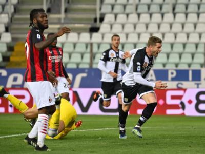 Calcio, Serie A 2020-2021: il Milan passa a Parma, lo Spezia batte il Crotone