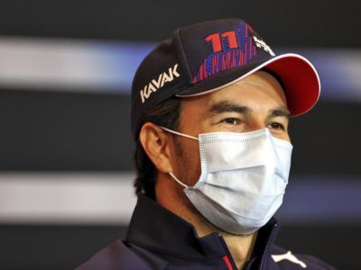 """F1, Sergio Perez: """"Non conoscevo la macchina sul bagnato, ho avuto bisogno di qualche giro per adattarmi"""""""