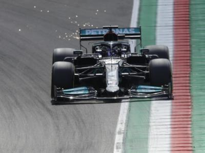 F1, GP Portogallo 2021: inseriti tre track limits. Limiti di pista in curva 1, 4 e 15